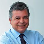 Dr. Francisco Vaz
